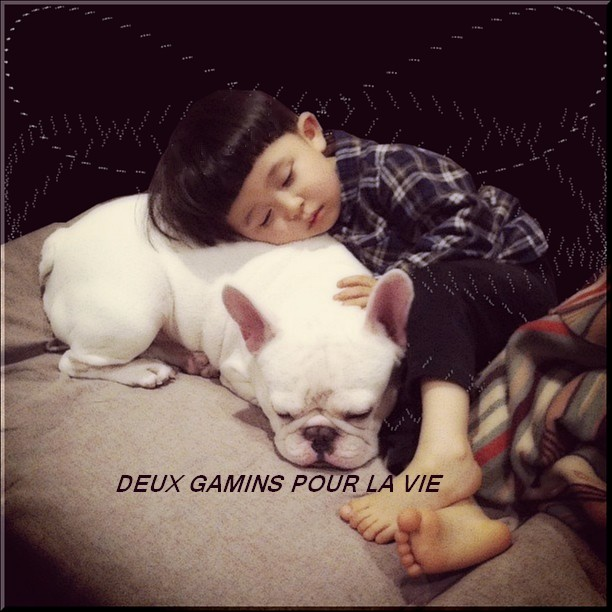 ENFANT_boy-dog.jpg
