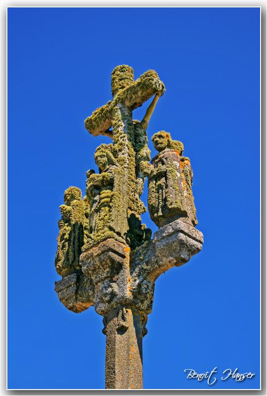FIL ROUGE : Les croix - Page 2 IMGP9214ret3cad