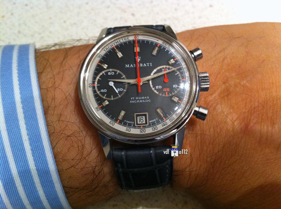 Enicar - La Vintage du jour - tome II Chrono-Maserati-Valjoux-7734-IMG_1333
